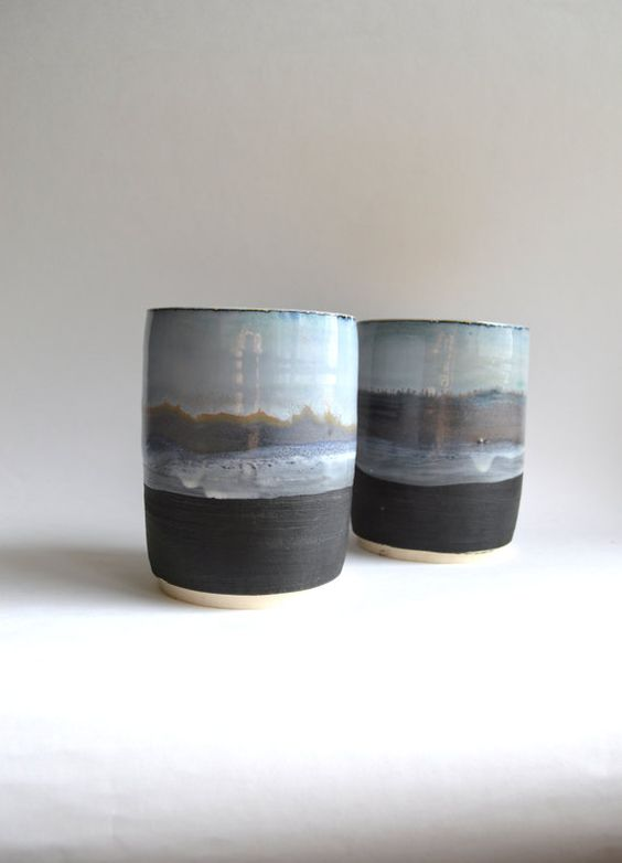 M O U N T A I N V I S T A: conjunto de vasos de cerámica