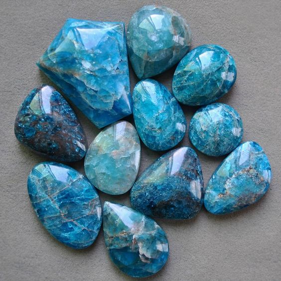 Apatite - 7 healing crystals for weight loss - OurMindfulLife.com