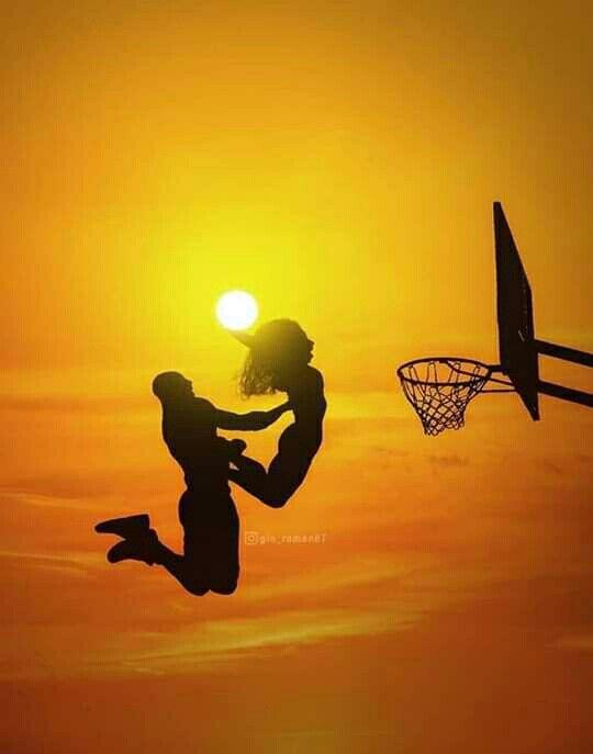 Black Mamba Mambacita In 2020 Kobe Bryant Poster Kobe Bryant Wallpaper Kobe Bryant Pictures