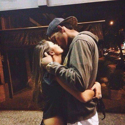 boy boyfriend couples love kiss hug girl