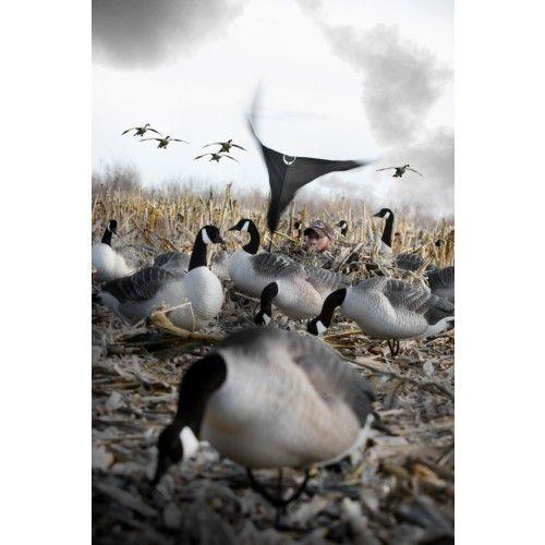 Hypnotizer Goose Flag #rigemright #heavilyseasoned #duckhunting #goosehunting #waterfowl