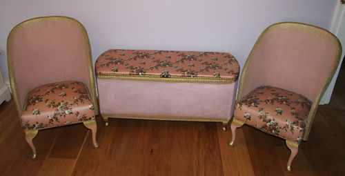 Vintage ottoman and matching chairs
