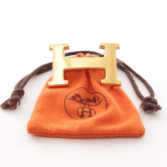 Luxuriöse Gürtelschließe von Hermès in Gold Optik - stylisch und edel