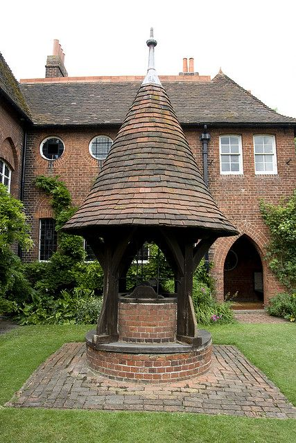 The Red House - the beautiful home of William Morris