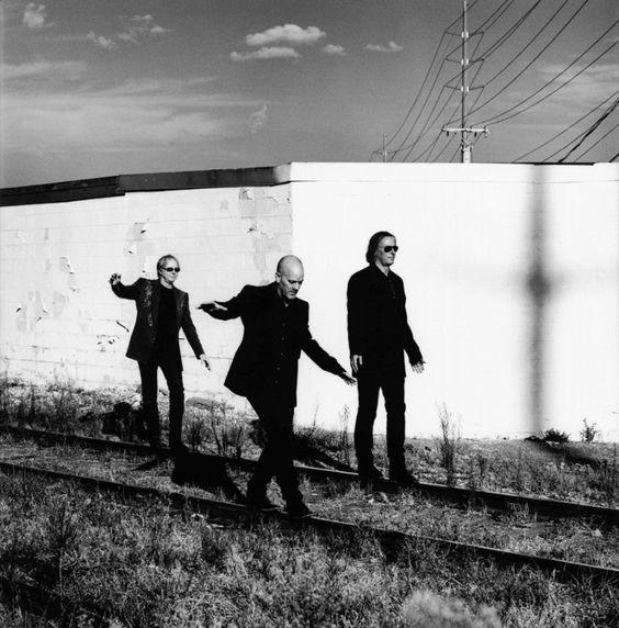 R.E.M. photo anton corbijn
