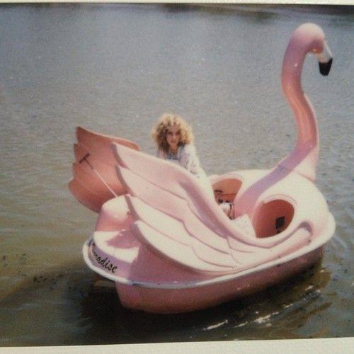 .Te espero en el lago.
