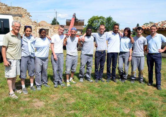 Un deuxième groupe de jeunes de l'EPIDE en chantier de réinsertion à la Grosse grange.