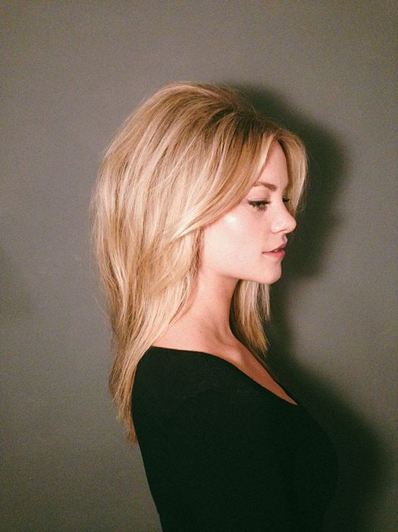 Beauty Brigitte Bardot Hair Chignon Hair Bardot Hair - Tutorial Brigitte Bardot Updo Tell Me She Doesnt Look Like A Female Hemsworth Brigitte Bardots Messy Beehive Not Sure I Understand The Instructions At All It Looks Rather Complicated #hairstyles
