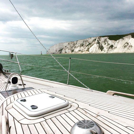 Seven Sisters, Beachy Head #sailing # hallbergrassy