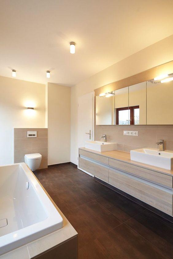 Gäste Wc Fliesen Modern Stil Für Badezimmer Mit Armatur Von ...