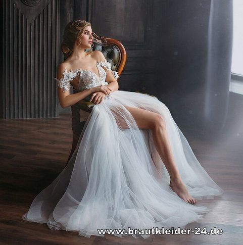 Standesamt Mode Ruckenfreies Kleid In Weis Mit Ruchenausschnitt Fur Den Standesamt Brautkleider Und Accessoires Gunstig In 2020 Ruckenfreies Kleid Brautkleid Braut