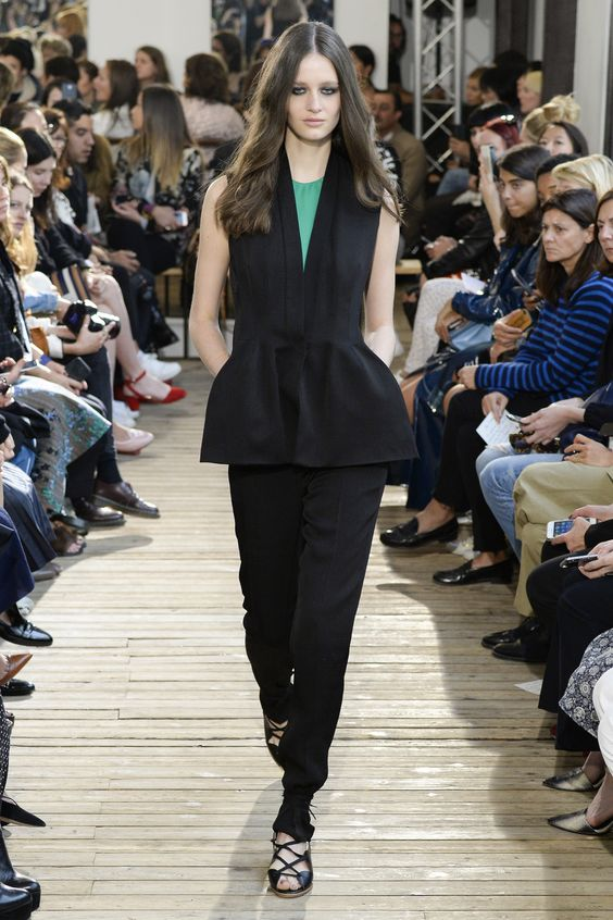 #PFW: #MaisonRabihKayrouz Ready to Wear Spring Summer 2016 – #ParisFashionWeek | #pfw #SS16 #runway #catwalk #Haute #Couture #FashionHouse #RTW | @voguemagazine | maisonrabihkayrouz.com | Vogue.com