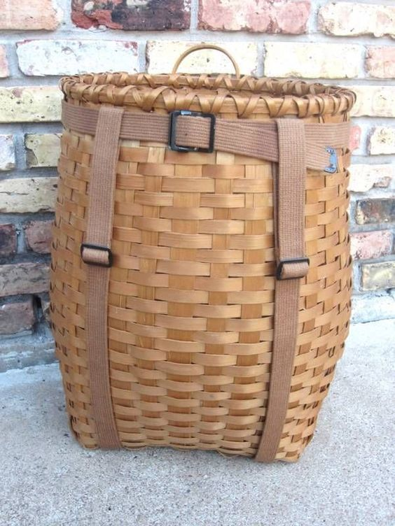 vintage adirondack backpack trapping fishing camping basket pack great condition stuff to buy. Black Bedroom Furniture Sets. Home Design Ideas