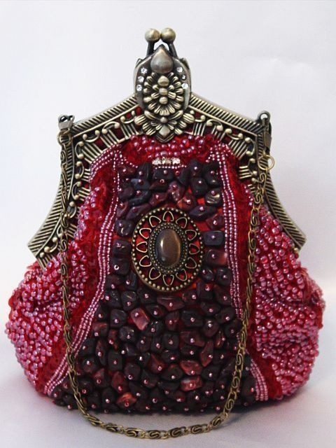 1890's Ladies' Beaded Purse @vintageclothin.com