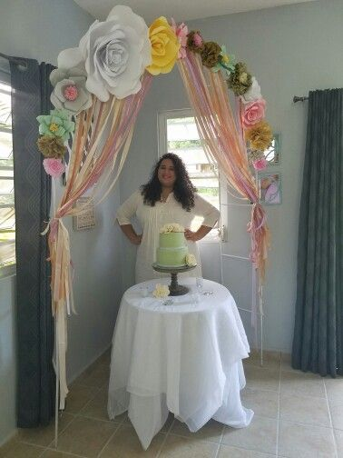 Arco en flores de papel baby shower luisa fernanda pinterest Ideas para decorar un arco de boda