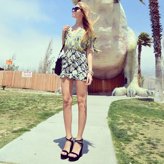 With the dinosaurs: http://www.theblondesalad.com/2012/04/from-palm-springs-to-los-angeles.html #chiaraferragni #theblondesalad - @chiaraferragni- #webstagram