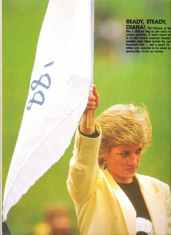 princess diana at smiths lawn polo 1980 | PRINCESS DIANA VISITE THE LAURA ASHLEY FACTORY, NEWTOWN, WALES _