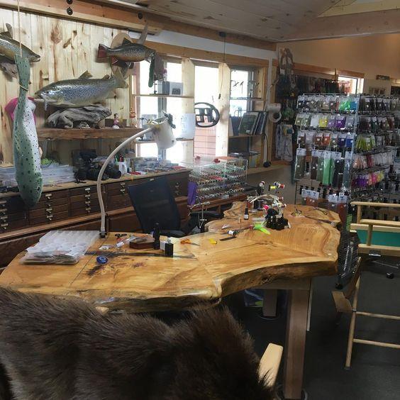 I Love Fly Shops Fly Tying Desk Fly Tying Vises Fly Tying