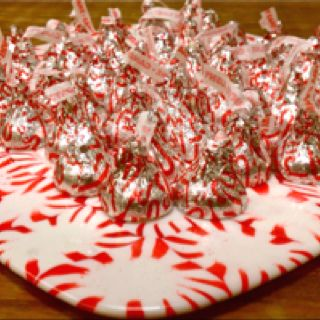 Peppermint Serving Tray...didn't turn out so great.  Should have went with 8 min instead of 10.  Need more than one bag of mints.  Need to use good, heavy baking sheet so it doesn't bend when cooking.