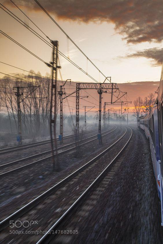 Rail morning by andrzejstasiukiewicz