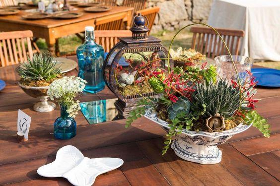 Objetos decorativos como vasos e flores fazem toda a diferença no design latino.  (Foto: zyonx)