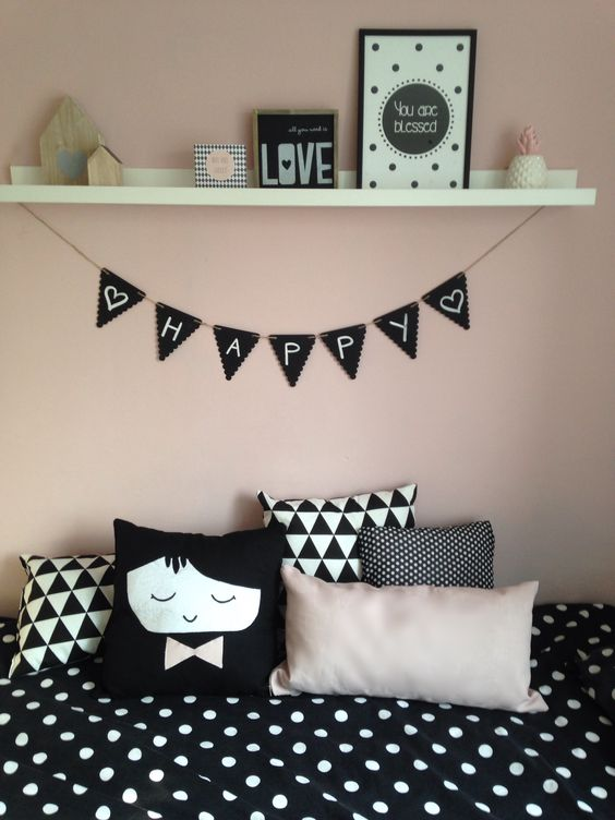 Meisjeskamer slaapkamer zwart wit oud roze stippen black white pinterest happy tes and - Slaapkamer decoratie volwassenen ...