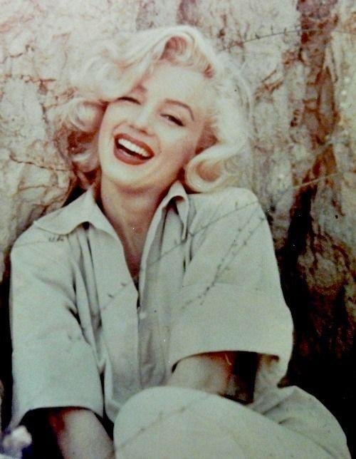 Always Marilyn Monroe Posts Tagged 1953 Marilyn Monroe Marilyn Monroe Old Lois Laurel