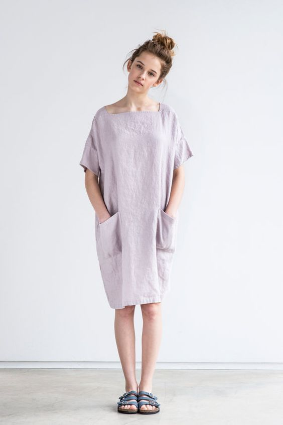Oversized/one size square neck loose fitting linen summer dress in dusty pink/pale pink (ashes of rose)