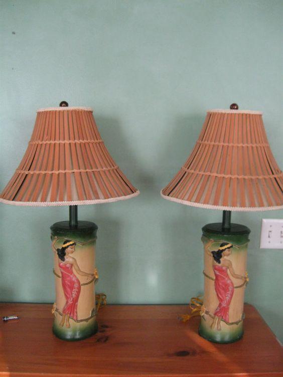 Vintage Pair Of Hawaiian Hula Girl Lamps Kitschy