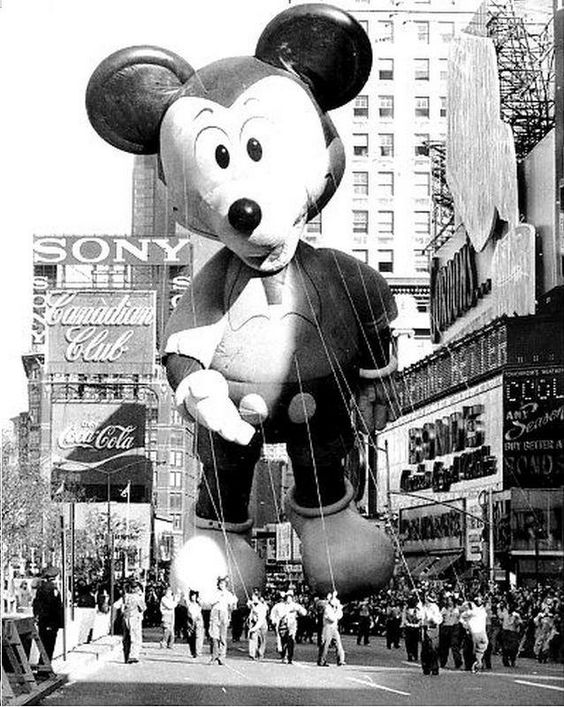 Macy's Thanksgiving Day parade 1973