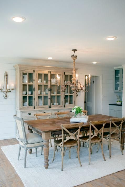 Fixer upper country style in a very small town style for Dining room joanna gaines