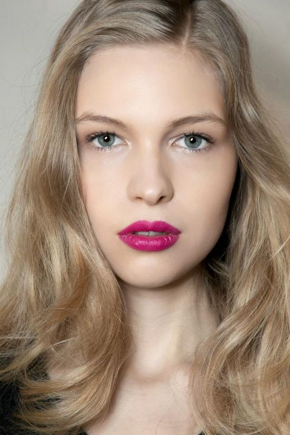 how to wear bright lipstick // pink lips: