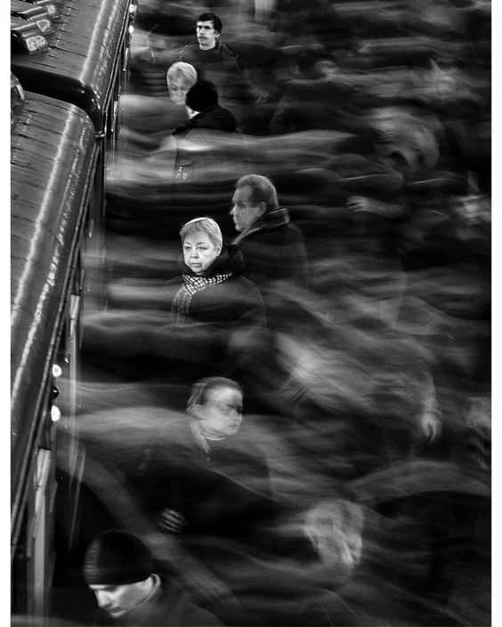 'Moscow subway. Rush-hour. Entering and escaping the train', a long exposure by the photographer Dima Zverev