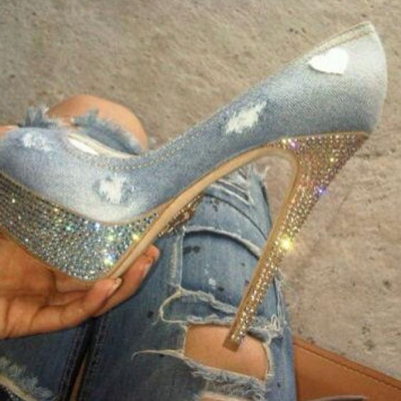 Distressed diamond heels. Absolutely FABULOUS!