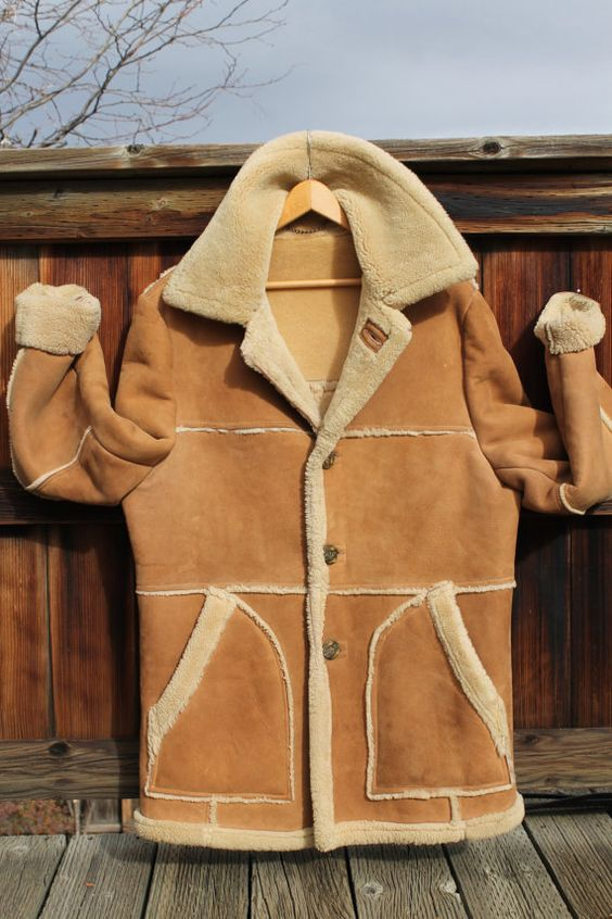 Vintage Men's Shearling Marlboro Man Coat by Lakeland size 44