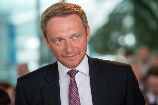 FDP-Chef fordert Steuererleichterungen beim Kauf von Eigenheimen.,  DANKE HERR LINDNER: Eigentum schließt auch die Rentenlücke.,  http://m.haz.de/Nachrichten/Politik/Deutschland-Welt/FDP-Chef-fordert-Steuererleichterungen-beim-Kauf-von-Eigenheimen