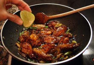 Resep Ayam Goreng Mentega dari http://anekaresepmasakannusantara.blogspot.com ini enak lho... Coba yuk :)