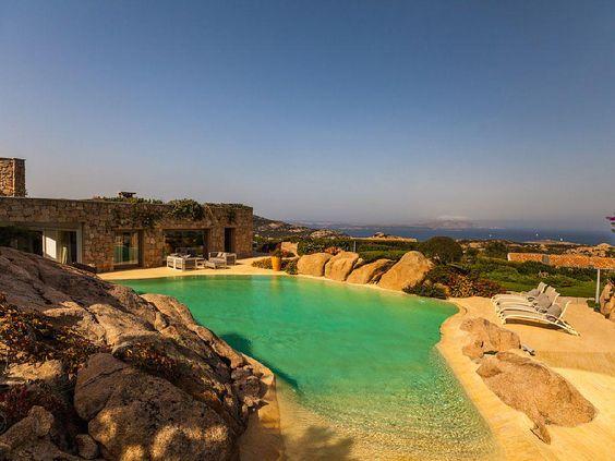 Der ganz besondere Urlaub besticht durch solch einen Pool mit solch einer Aussicht! | Porto Cervo auf Sardinien, Italien, Objekt-Nr. 1681253