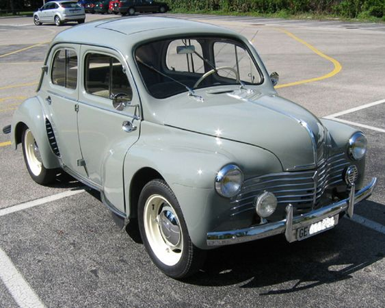 renault 4cv de 1952 voiture renault retro pinterest. Black Bedroom Furniture Sets. Home Design Ideas