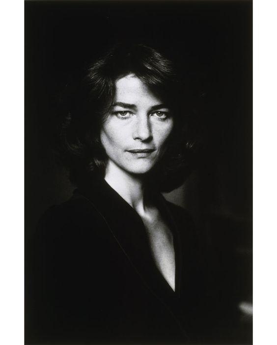 Charlotte Rampling à la Maison Européenne de la Photographie  http://www.vogue.fr/culture/a-voir/diaporama/charlotte-rampling-a-la-mep/8900/image/552387#!charlotte-rampling-a-la-maison-europeenne-de-la-photographie