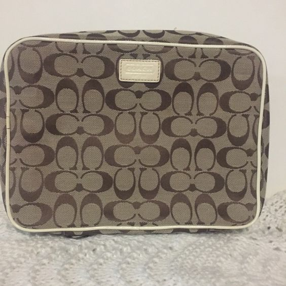 Coach Toiletry Bag Euc Monogram Bags Cosmetic Cases