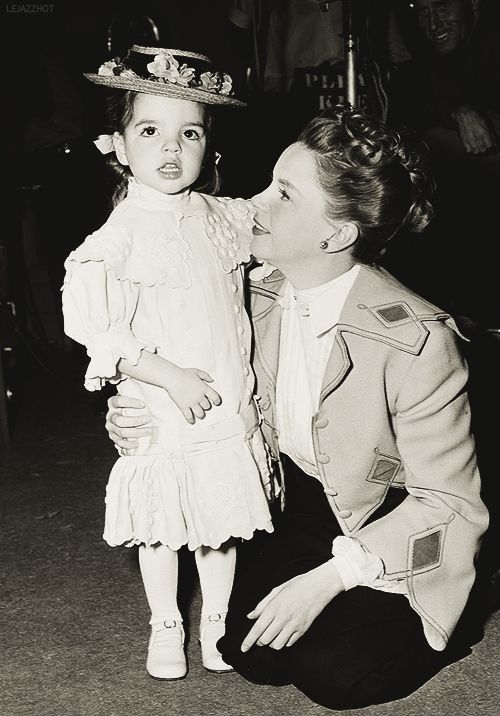 Liza Minnelli with her mom, Judy Garland, at MGM, ca. 1948.
