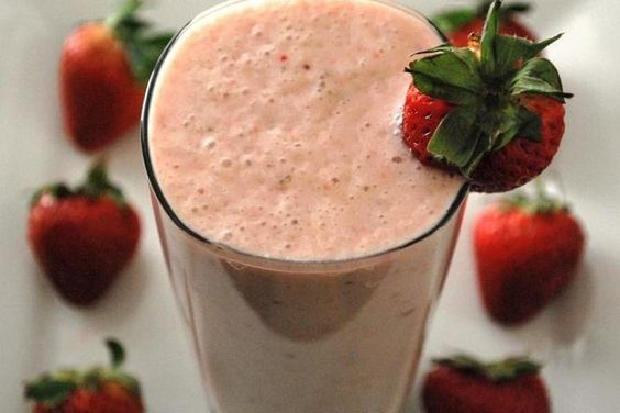 Oprah's Chocolate Strawberry Smoothie