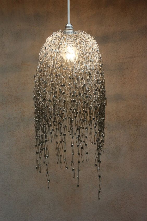 Inspire Me: DIY Safety Pin Lamp