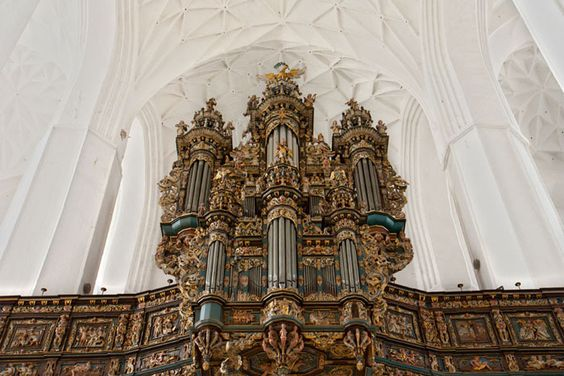 L'énorme orgue de la basilique Sainte Marie, la plus grande église en brique au monde - Photo © Jarod Carruthers - Flickr.com  #Pologne #Gdansk