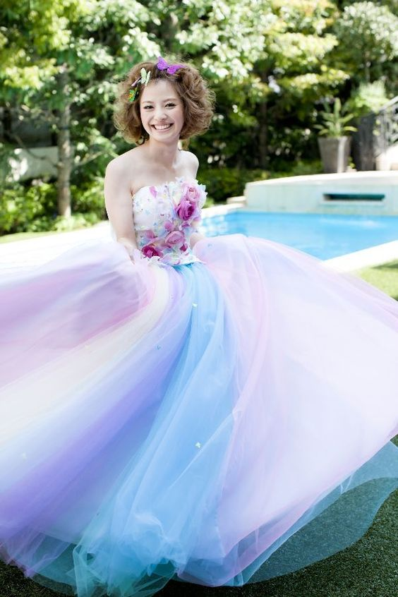 I'm a rainbow color dresses are particularly popular in the design of the Hani's ♡ never saw this tulle dress! Just dream dress.: