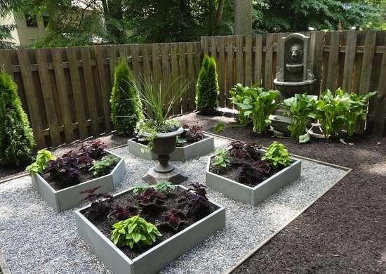 Goodbye Grass 13 Inspiring Ideas For A No Mow Backyard No Grass Backyard Front Yard Garden Backyard Garden