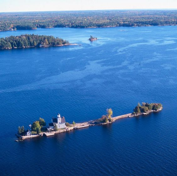 Three Sister Island, 1000 Islands, USA - Photo from helicopter