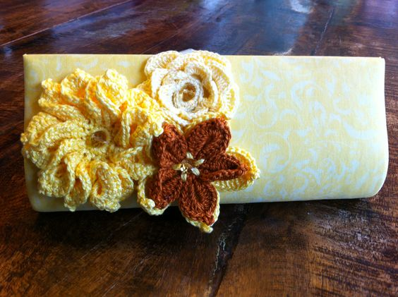 Carteira Amarela
