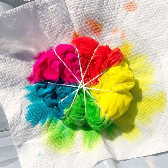 6 estampas de camisetas Tie Dye para fazer em casa